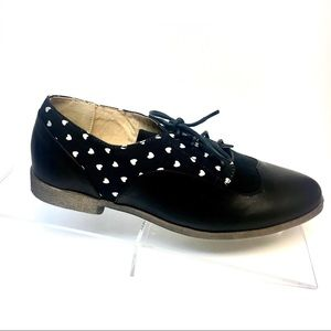 Heart Dot Oxfords - Lace Up Saddle Flats - Black
